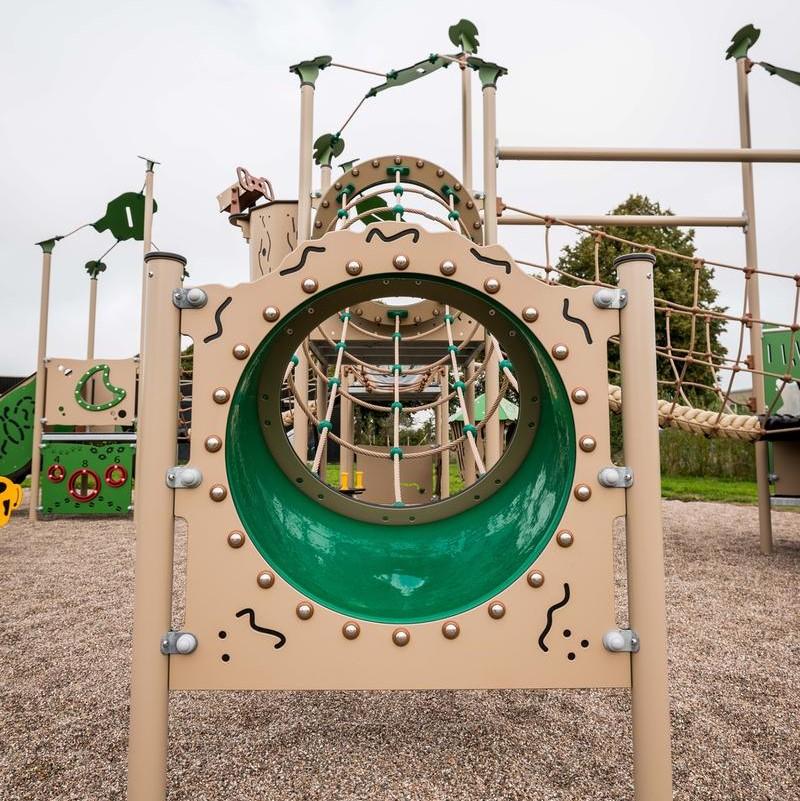 Kletterspielgerät für den Spielplatz LEDON Explorer